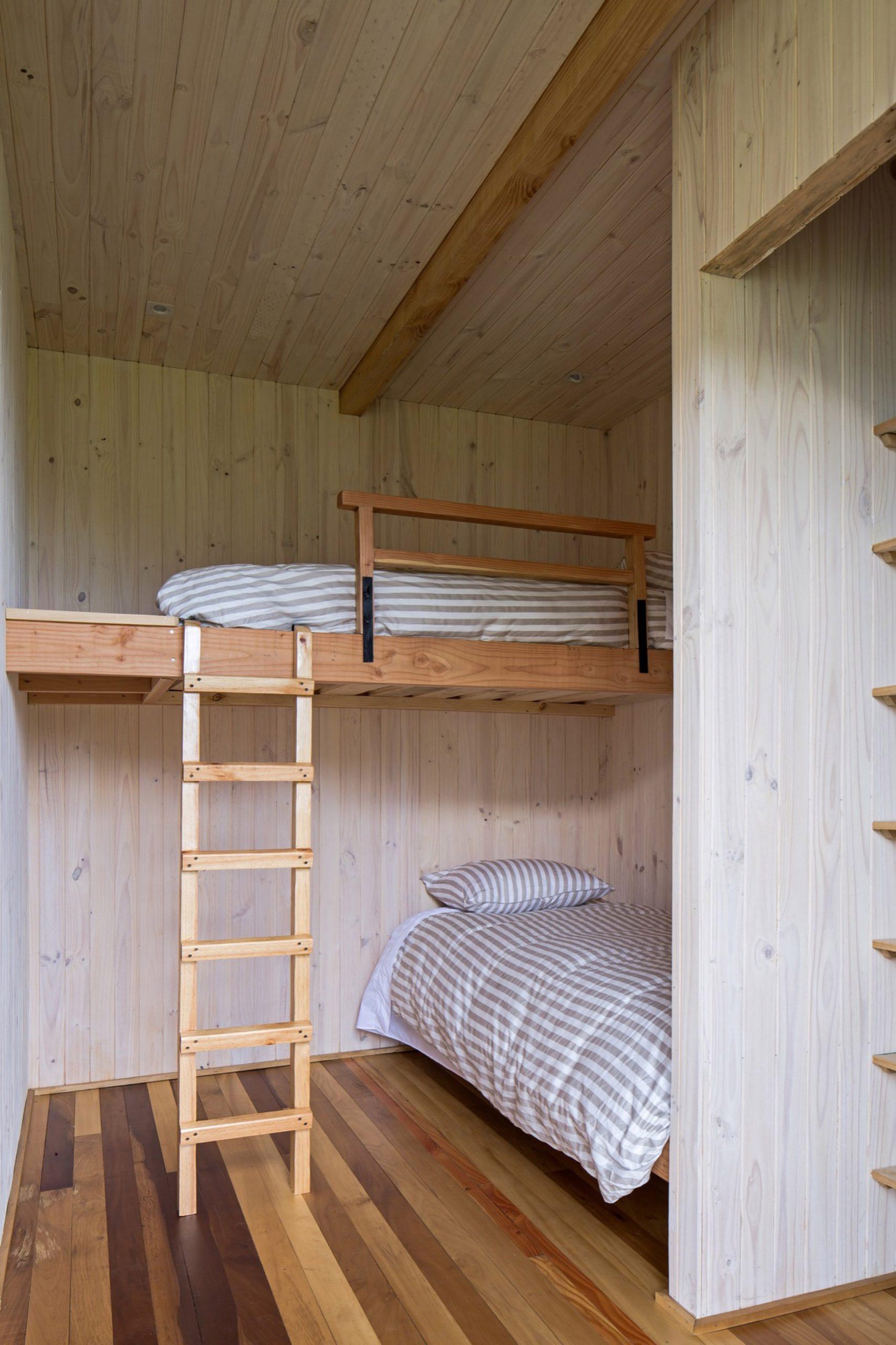 Bunk room in Casa Tobita in Lago Ranco Chile