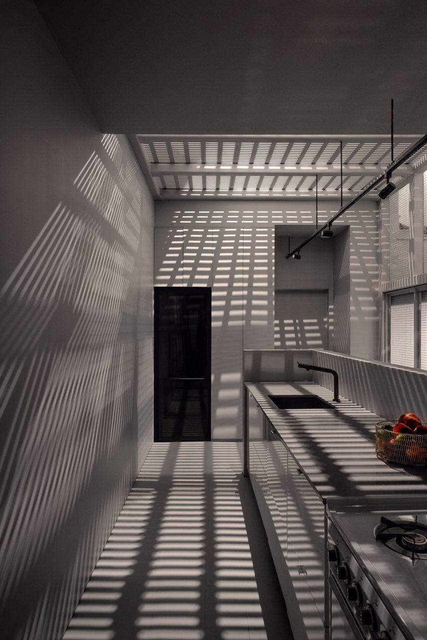 Kitchen with steel installation