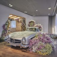 Floral installation welcomes spring at Studio Odeonsplatz by Mercedes-Benz