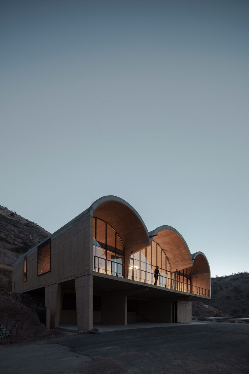 Concrete vaults of OFMA by MAPAA