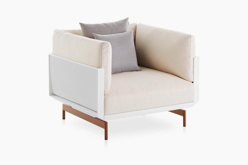 A white modular armchair by Luca Nichetto for Gandia Blasco