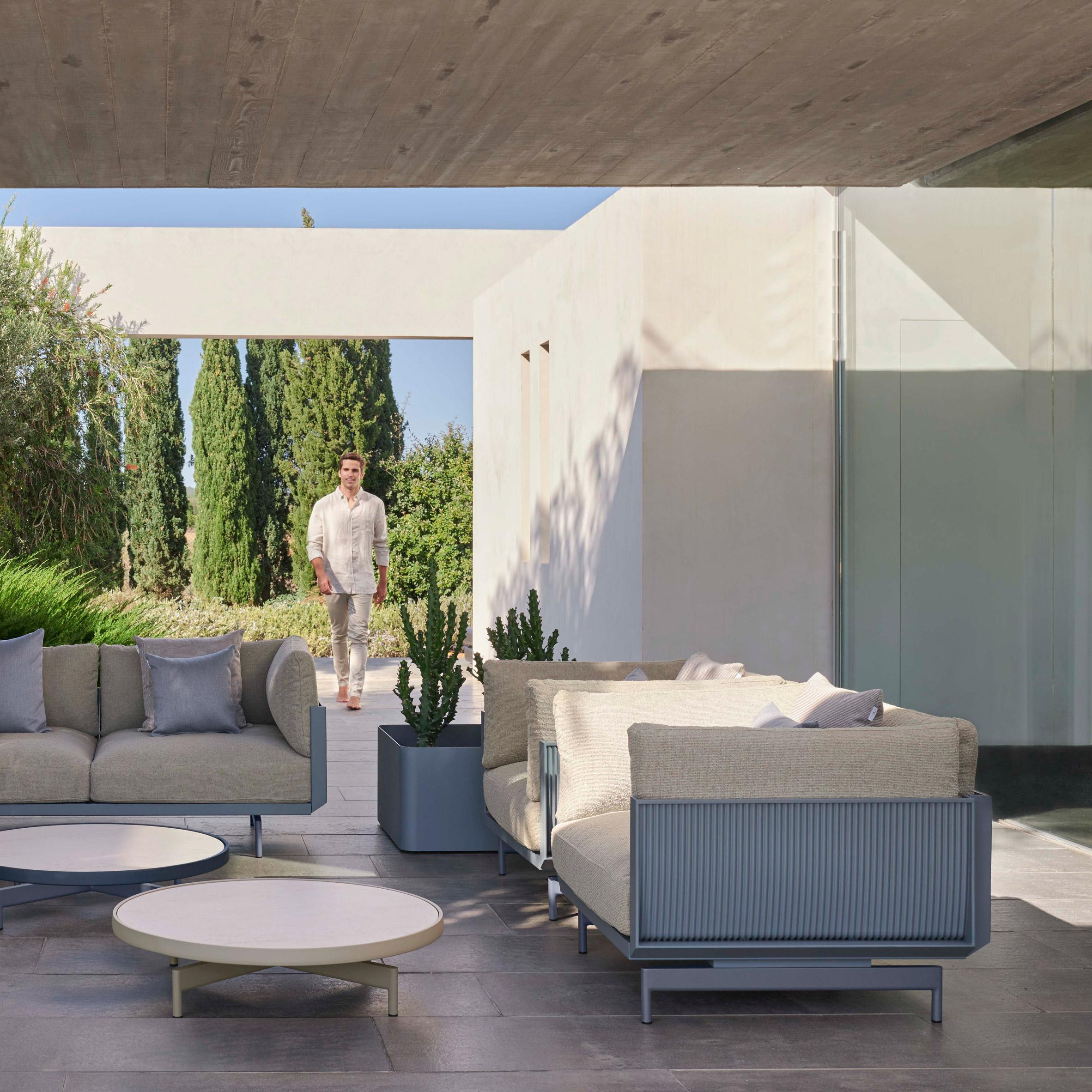 Onde outdoor seating by Luca Nichetto for Gandia Blasco