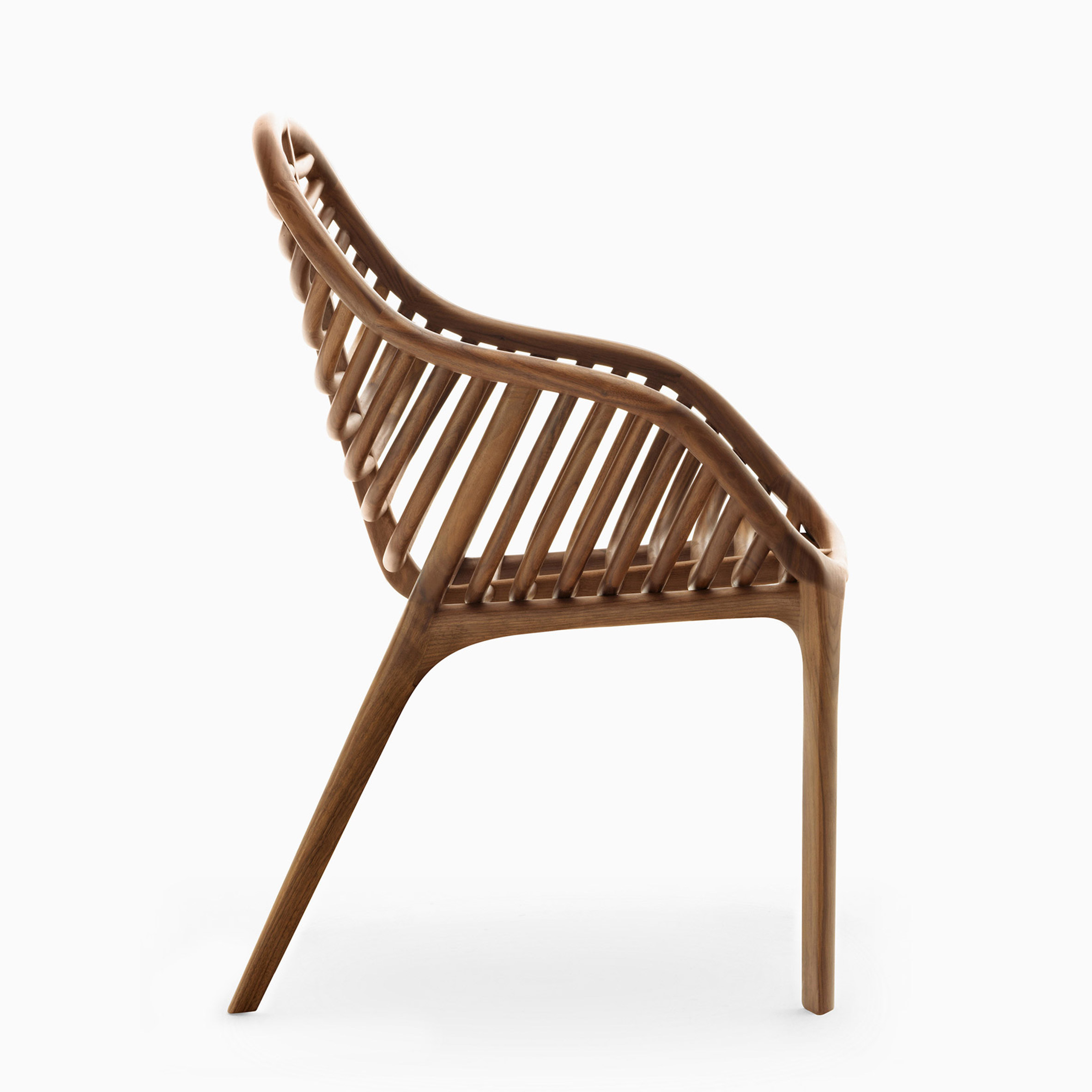 Pam chair by Studioforma