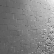 3D-tiled wall