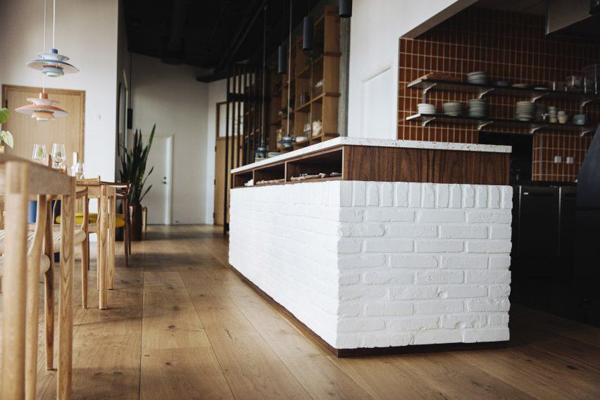 Bar in Substans restaurant in Aarhus by Krøyer & Gatten