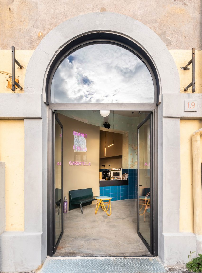 Entrance to Tre De Tutto by Studio Tamat