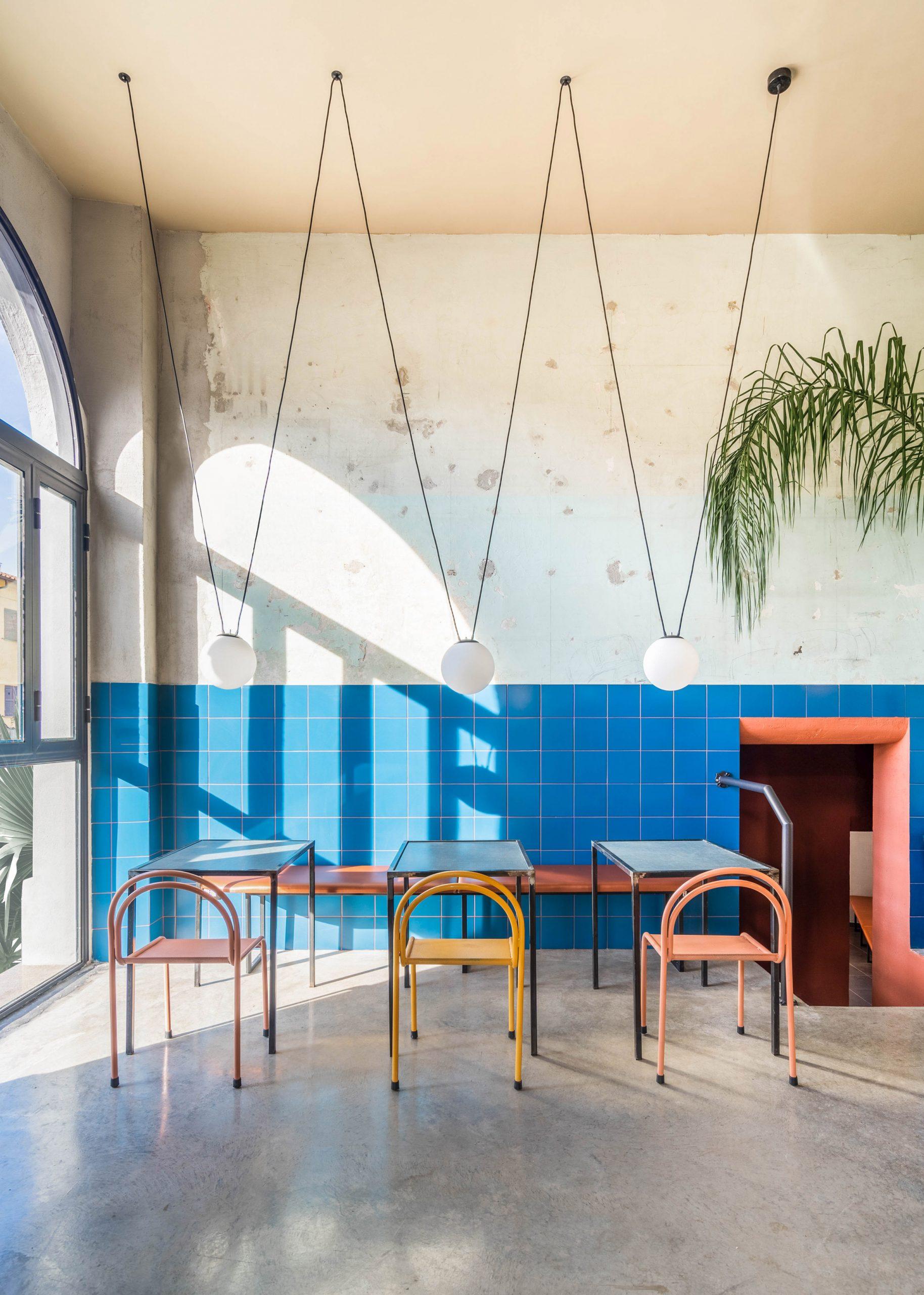 Blue majolica tiles in Tre De Tutto by Studio Tamat
