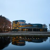 A curved office in Dutch woodland
