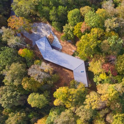 The house zig-zags through a Tennessee forest
