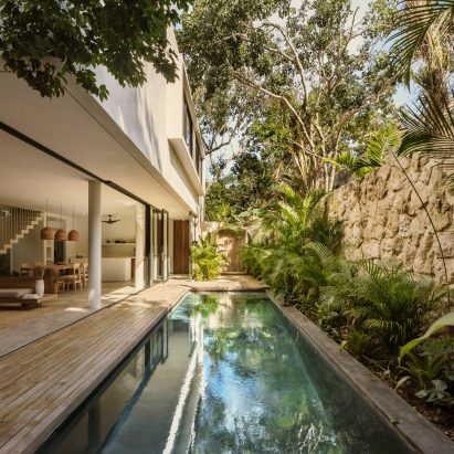 Casa Areca's swimming pool