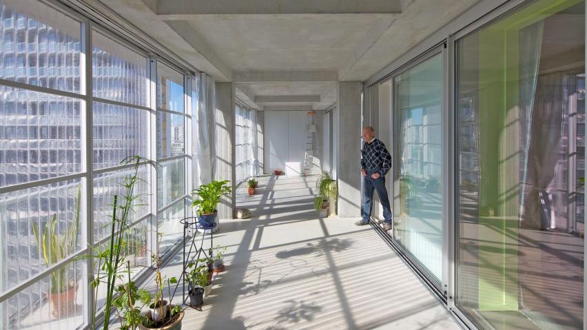 Winter garden in social housing project