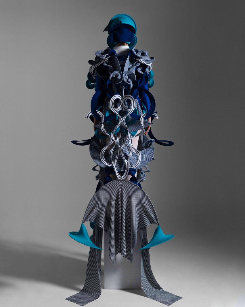 Different shade of blue are combined by Ryunosuke Okazaki