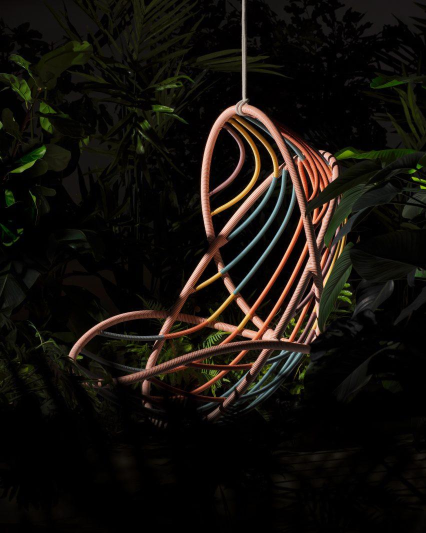 Stephen Burks designed the chair