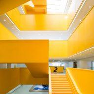 Yellow atrium