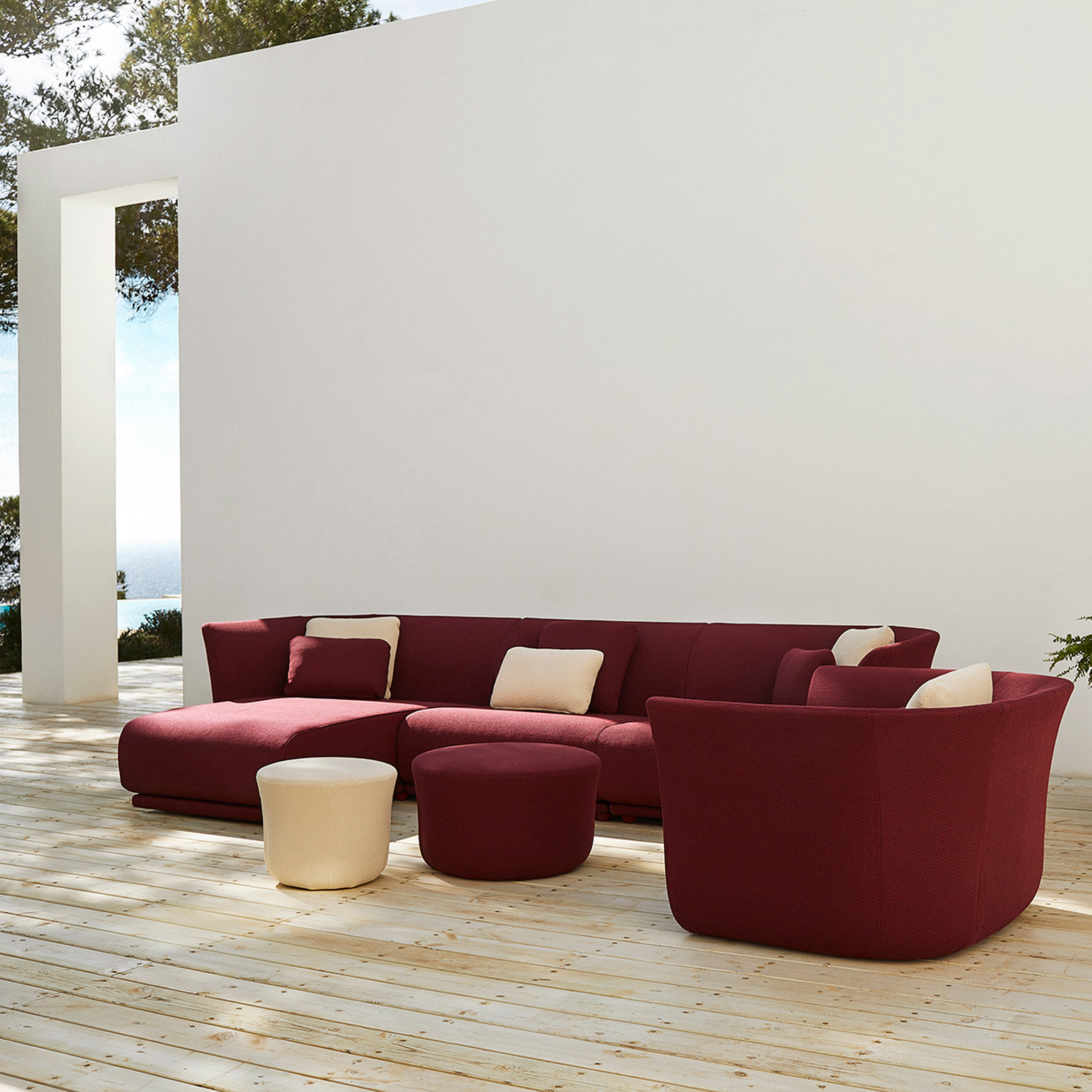 Suave outdoor furniture by Marcel Wanders for Vondom