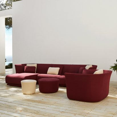 Modular Suave outdoor sofa by Marcel Wanders for Vondom