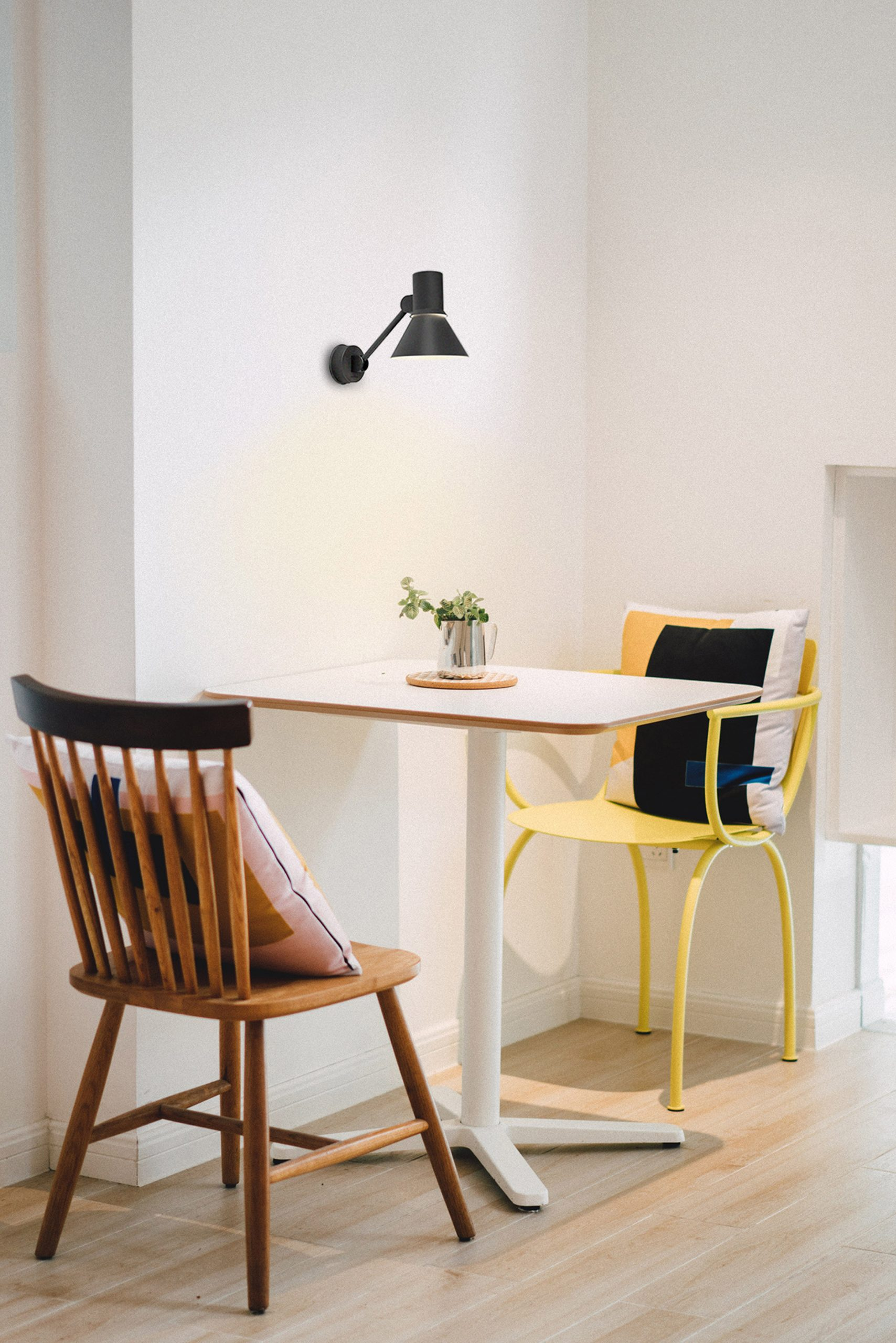 Black W2 wall light by Anglepoise in a kitchen