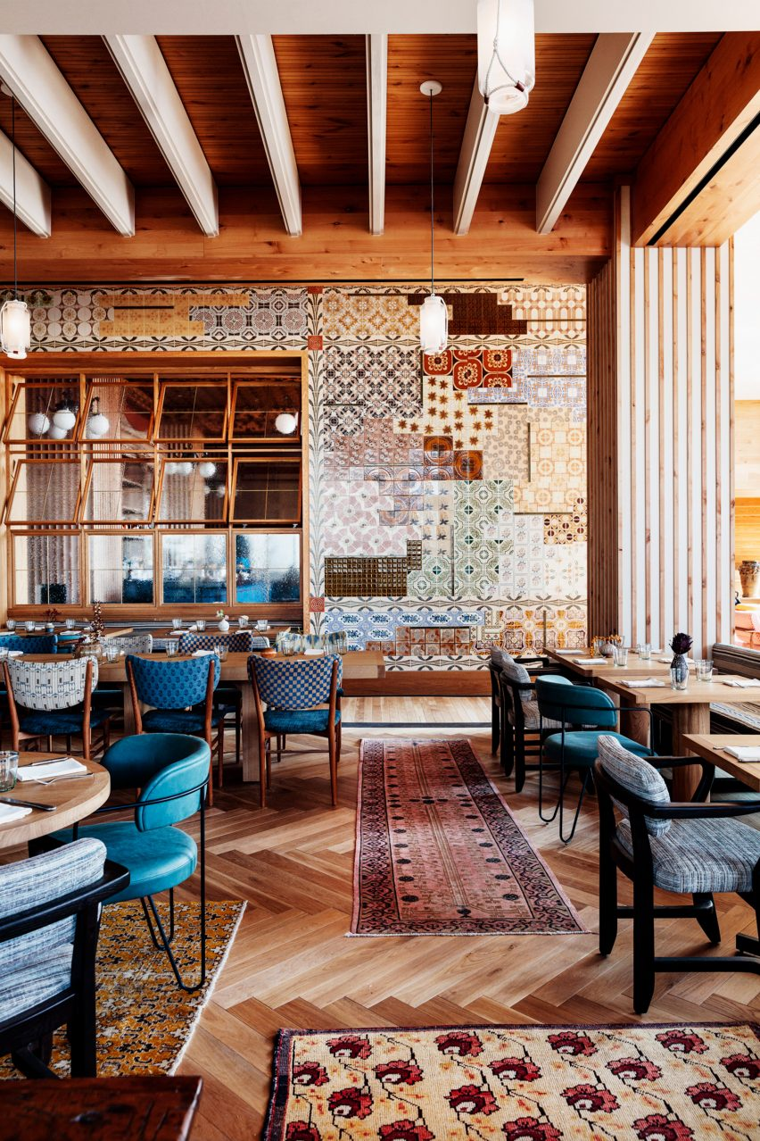 Peacock restaurant with tiled wall in Austin hotel