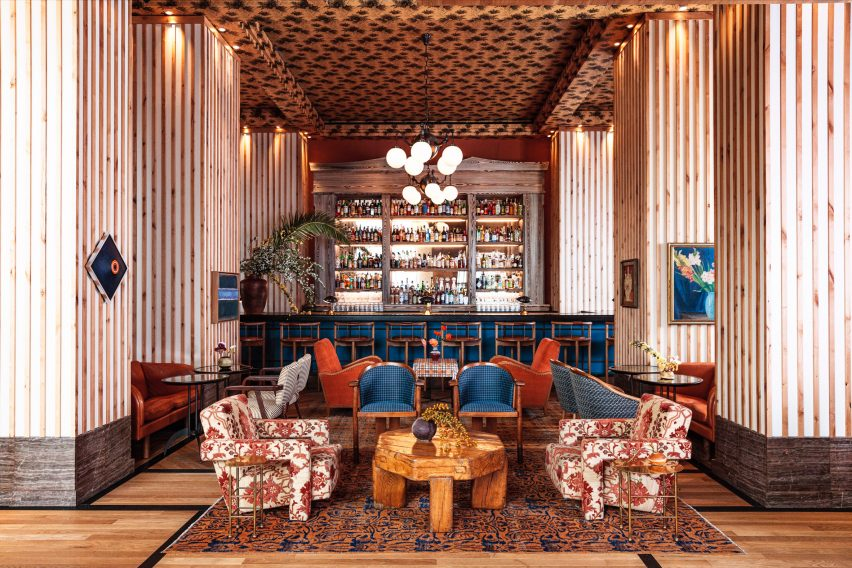 Hotel bar of Austin Proper Hotel and Residences