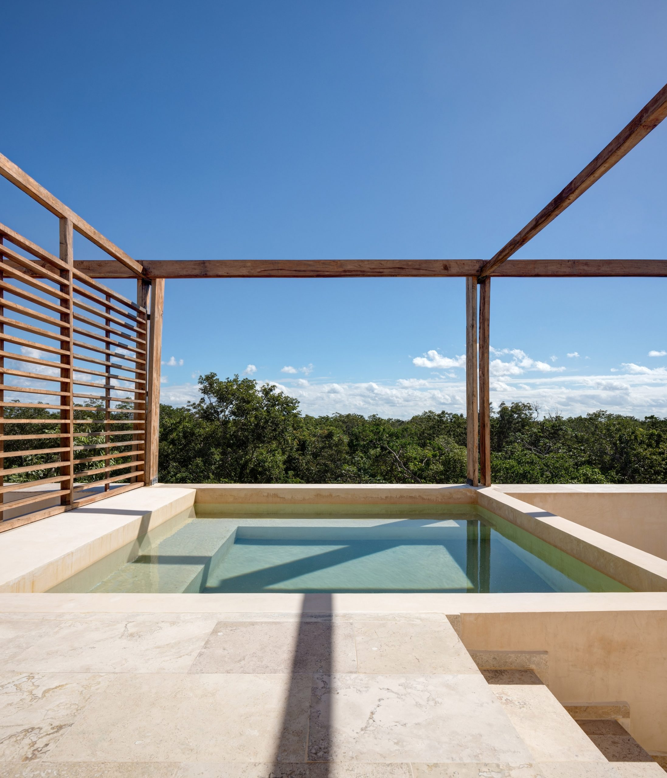 A private rooftop pool in BAI-HA by PPAA
