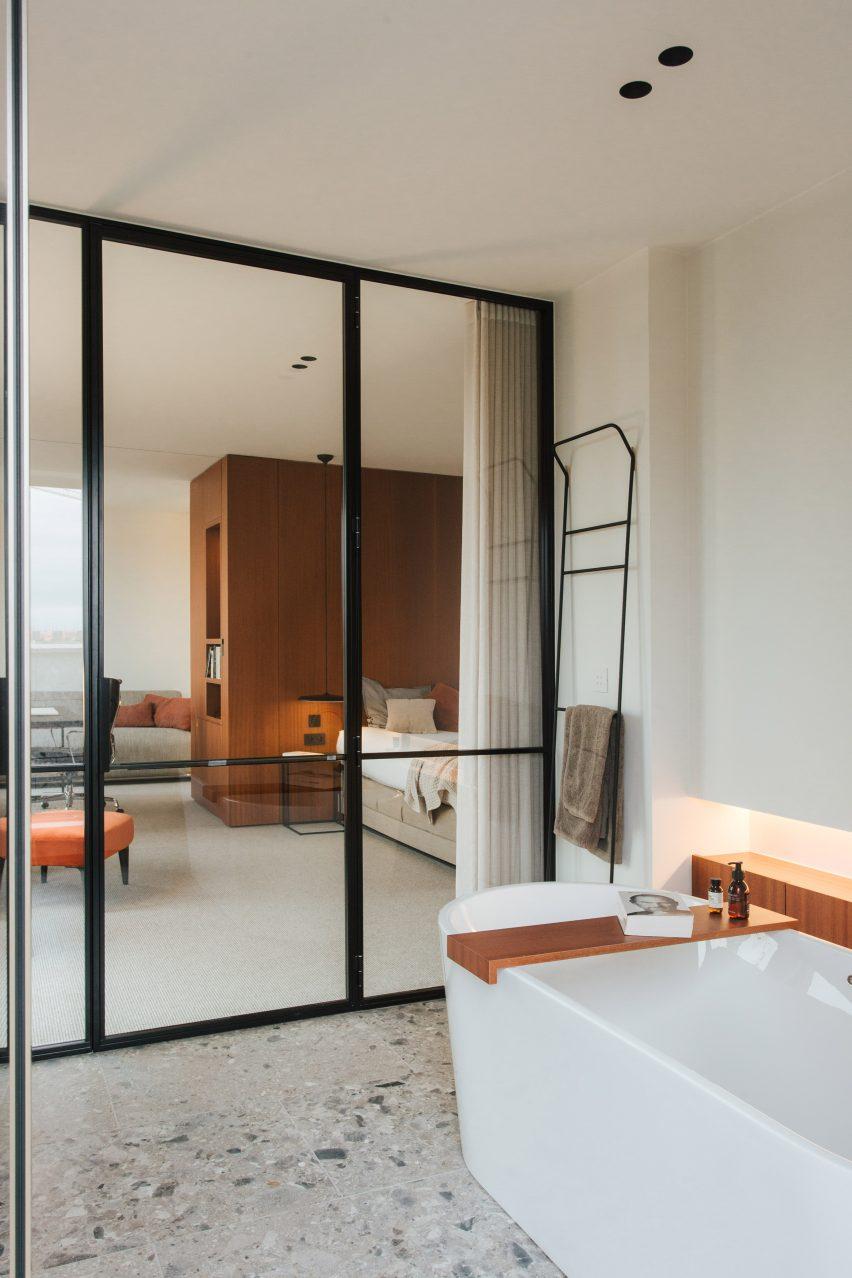 Bath in Penthouse BV by Adjo Studio