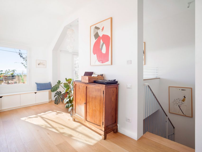 Upstairs in Casa ai Bailucchi by llabb