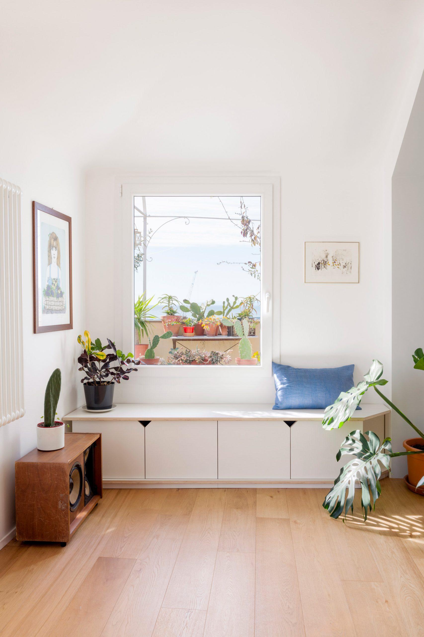 Window seat in Casa ai Bailucchi by llabb