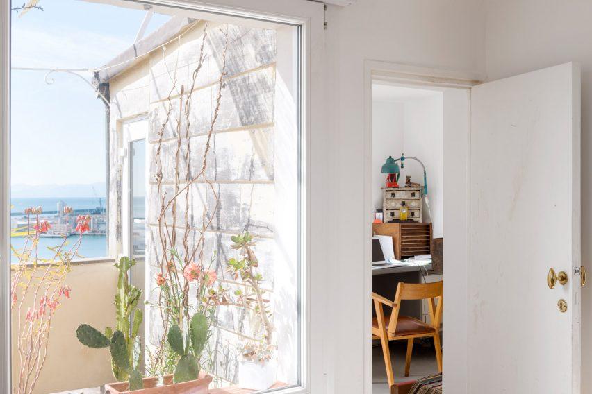 Studio and terrace in Casa ai Bailucchi by llabb
