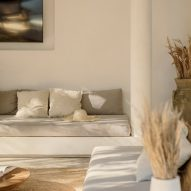 Neutral interiors in the holiday home