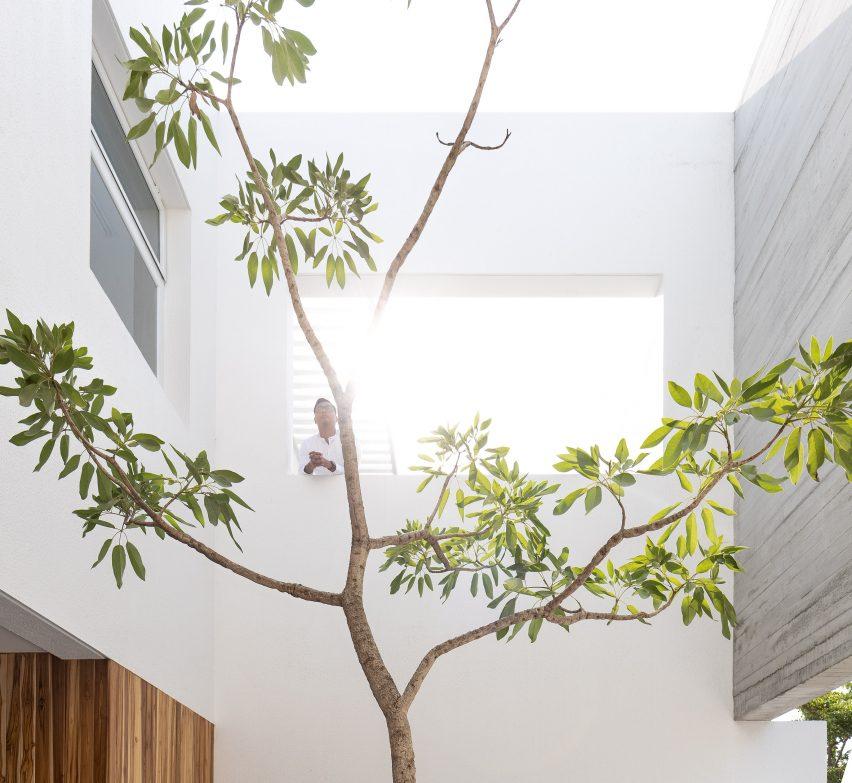 Orense Arquitectos house in Ecuador