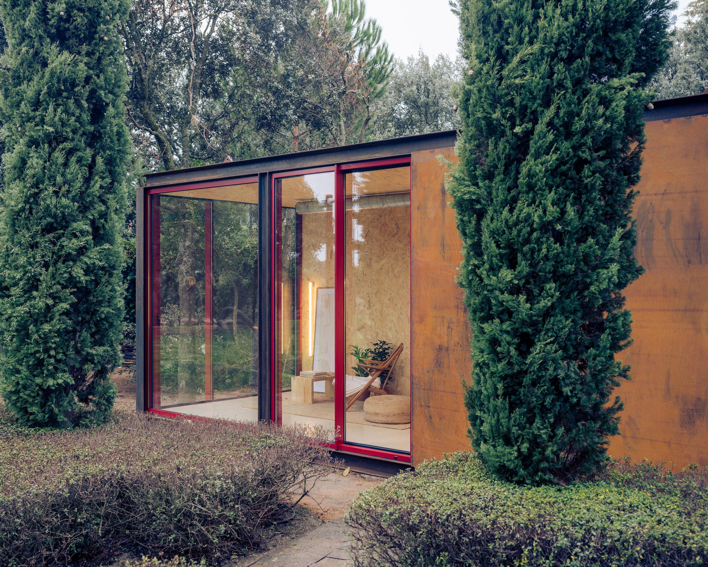 Tini cabin by Delavegacanolasso with corten steel exterior