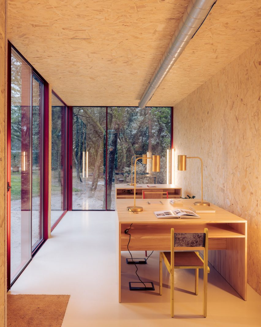 Tini Home Office cabin with two desks