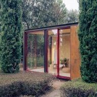 Delavegacanolasso creates prefabricated Tini home-office cabin