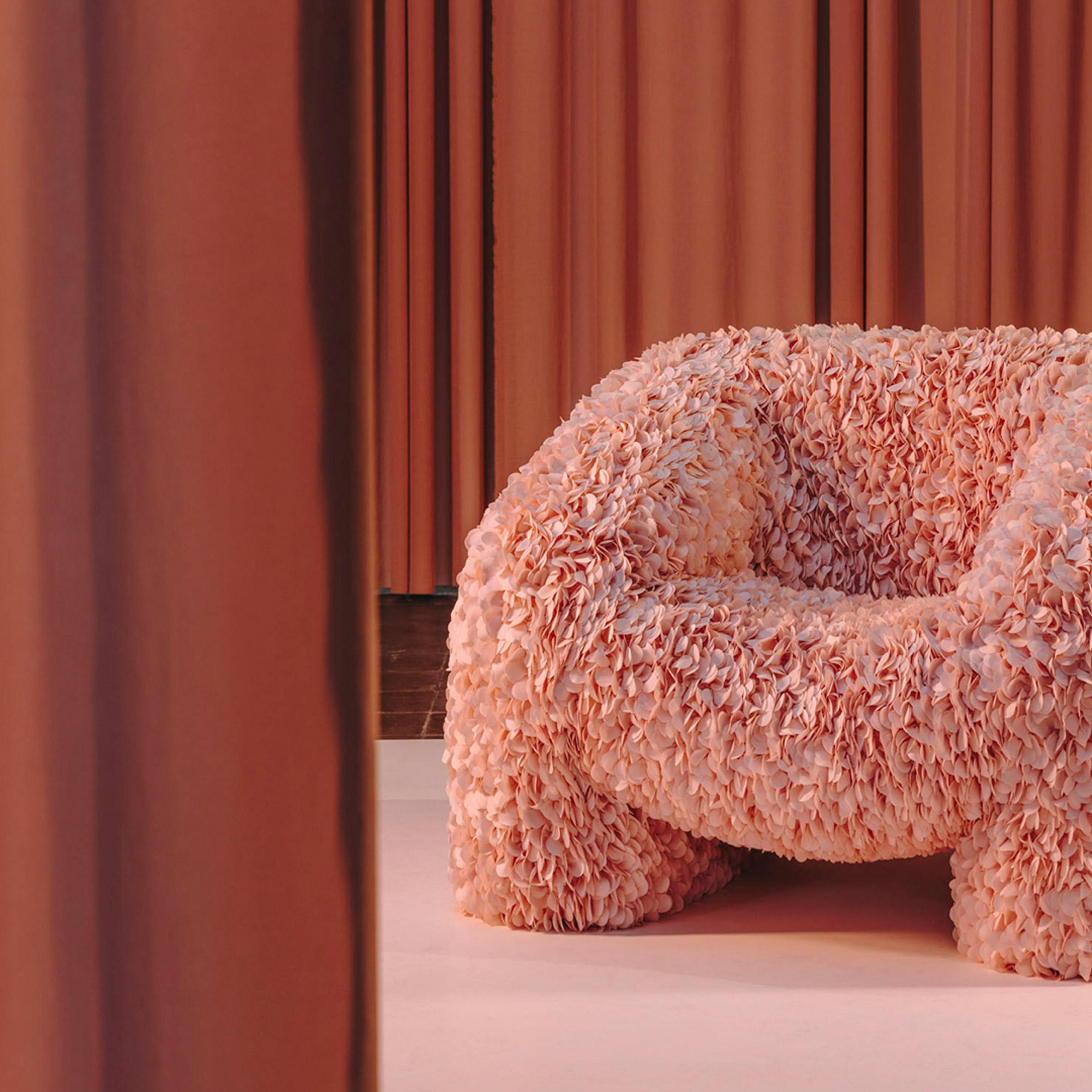 Hortensia chair by Andrés Reisinger