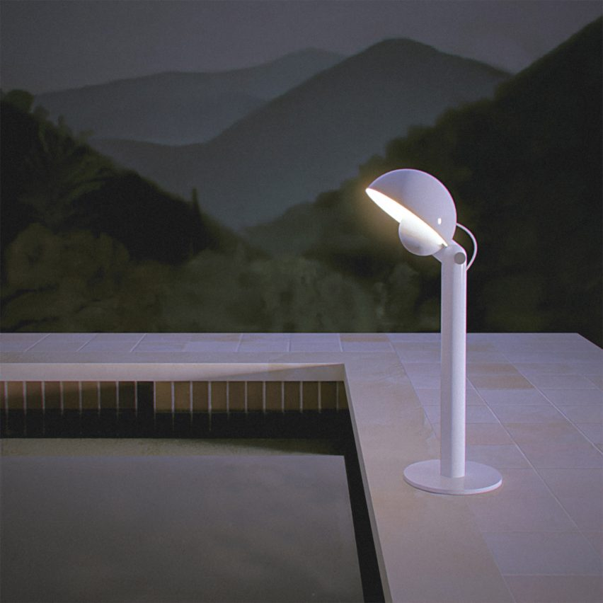 A floor lamp named Cuffia