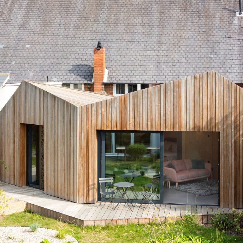 An angular wooden annexe outside a London townhouse