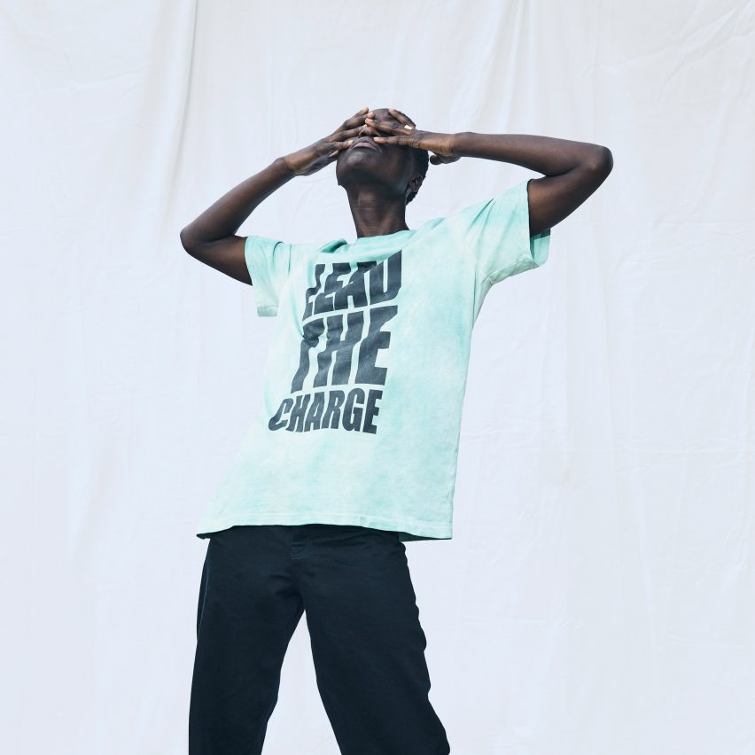Carbon-capturing slogan T-shirt by EgonLab and Post Carbon Lab in collaboration with DS Automobiles