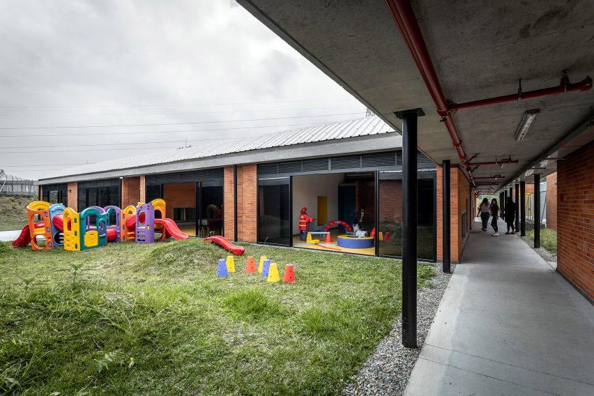 Taller Sintesis designed the centre