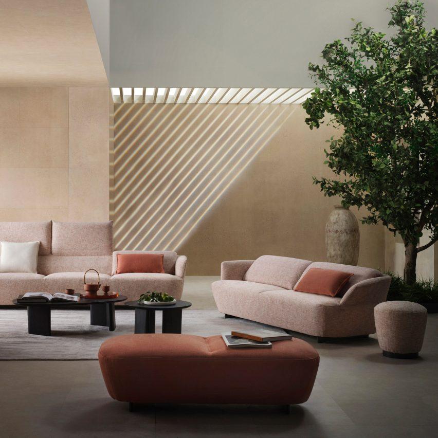Fleur sofa by King