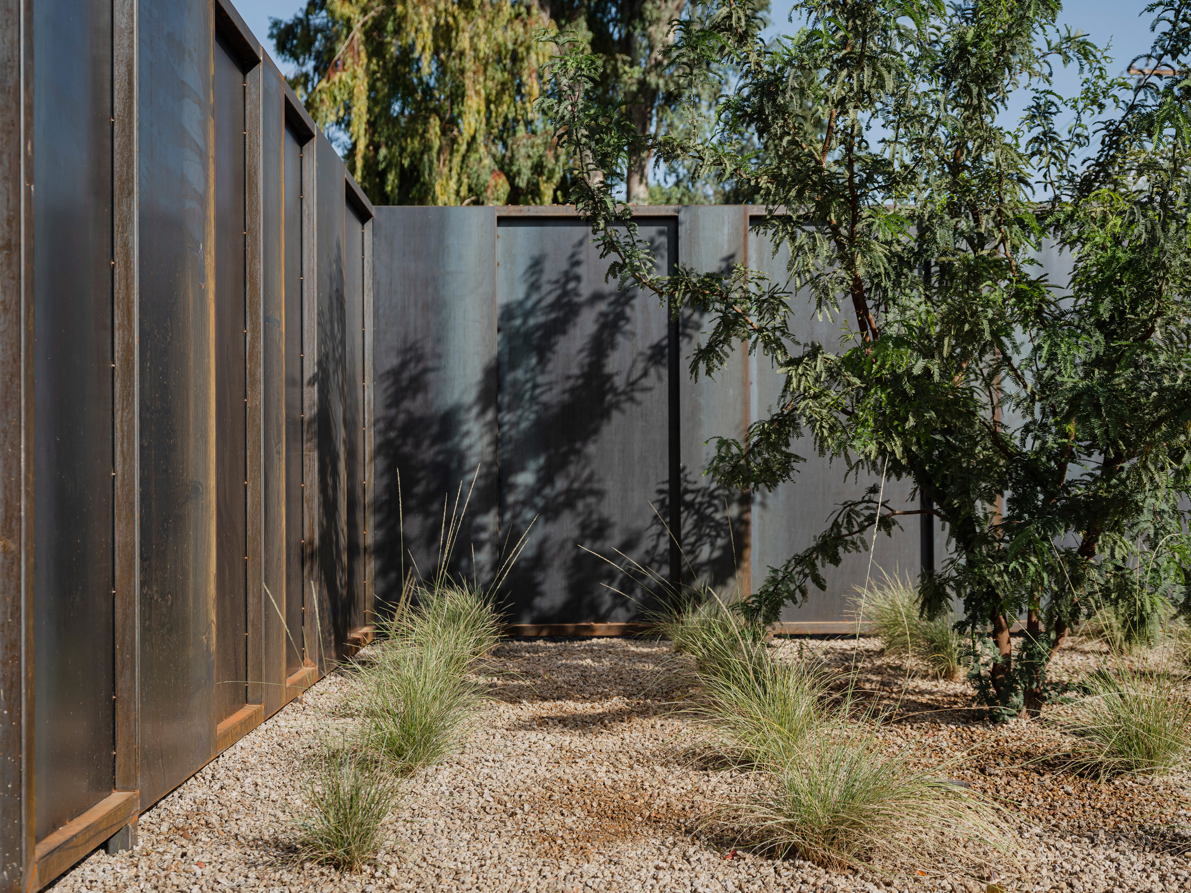 Pre-rusted seel exterior cladding on Foo house