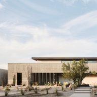 The Ranch Mine creates board-markedconcrete home in Phoenix for a ceramicist