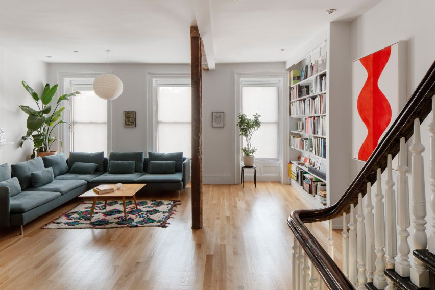 Noguchi Akari bubble lamps feature in the living room