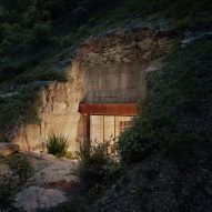 Clayton Korte embeds hidden wine cave into Texas hillside