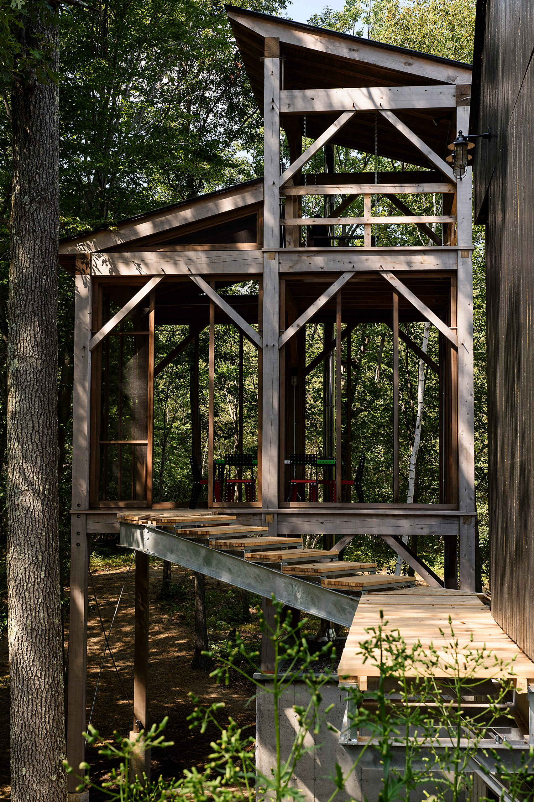 Three-storey sauna tower in America