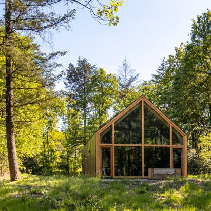 The wooden Indigo cabin in the Netherlands