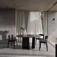 Issho dining table by King Living