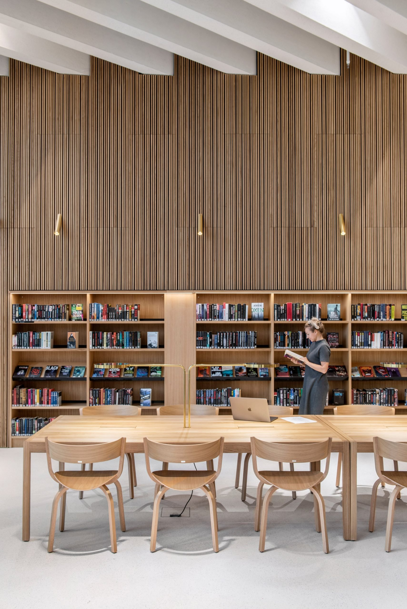 Slatted timber walls in Finnish library