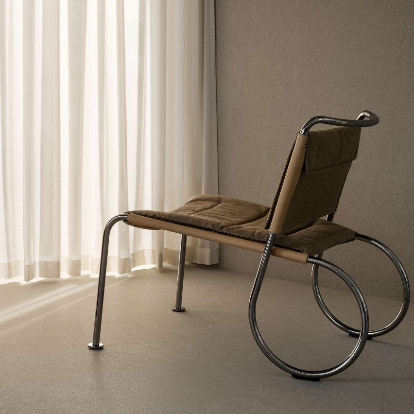 Corso easy chair by Peter Andersson for Lammhults with a chrome frame and sand-coloured canvas upholstery