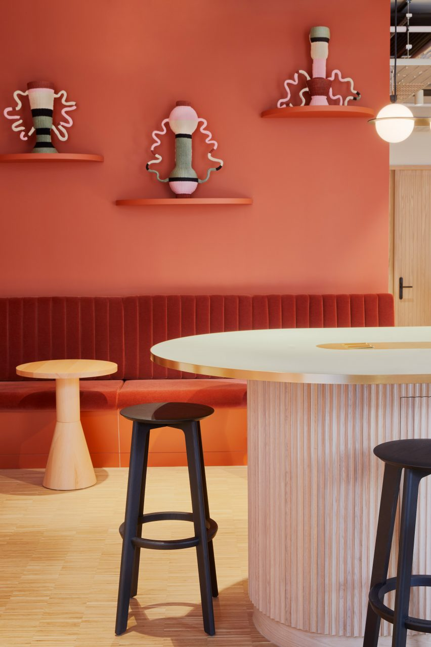 Colourful interiors with handcrafted objects