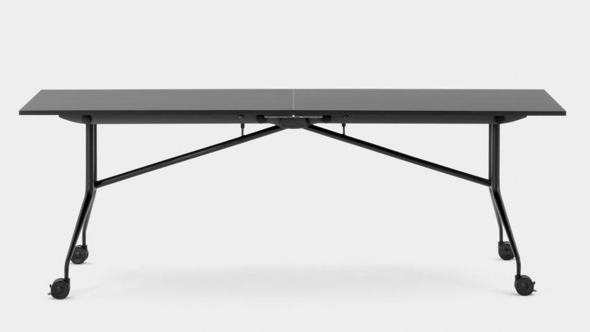 Extended version of the Argo Libro space-saving table by Mara
